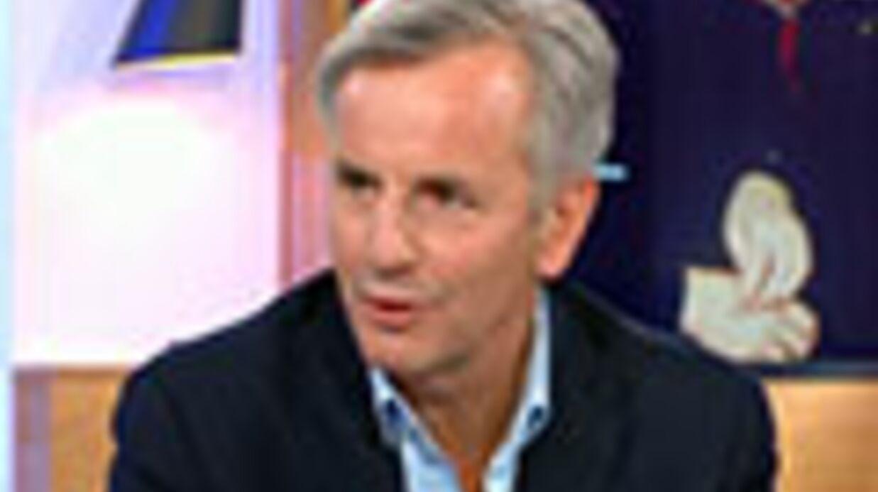 VIDEO Bernard de La Villardière parle du jour où il s'est fait draguer par une fille Le Pen