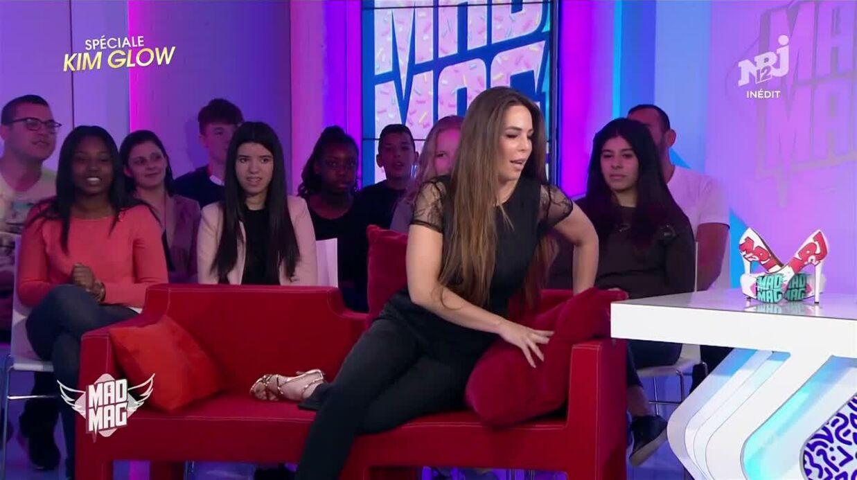 VIDEO Opérée des fesses, Kim Glow n'arrive pas à s'asseoir dans le Mad Mag