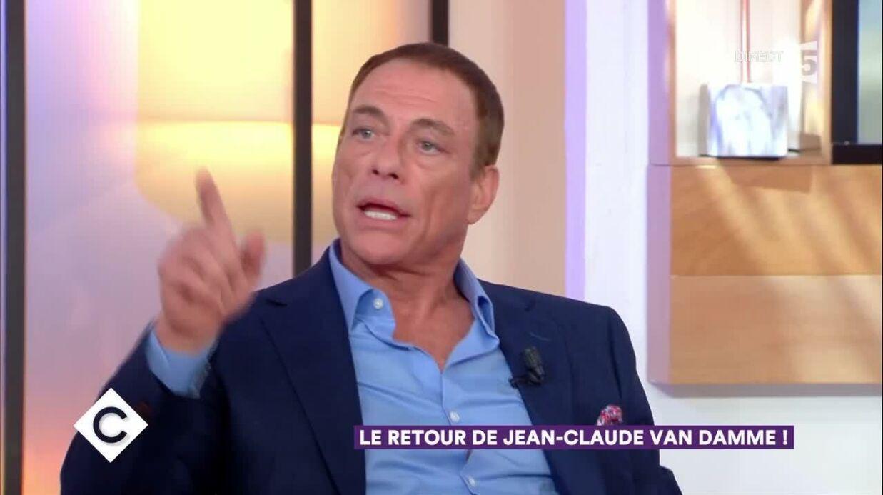 Jean Claude Van Damme Avec Son Chihuahua: VIDEO Jean-Claude Van Damme De Retour En France, Son Inter