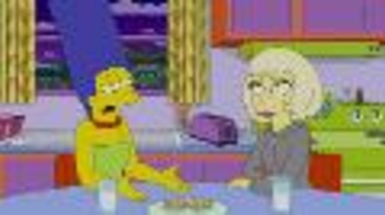 VIDEO Lady Gaga embrasse Marge dans Les Simpson