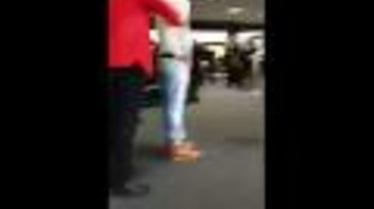 VIDEO Saoul, un acteur de Twilight urine en plein aéroport