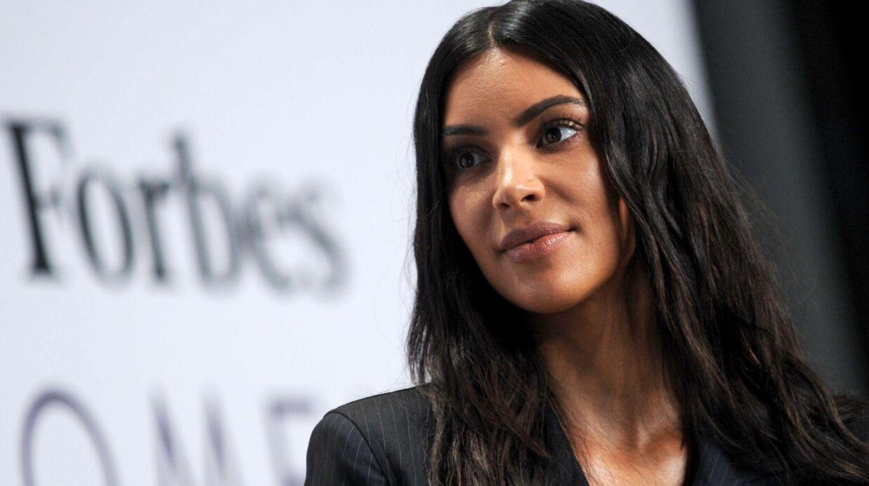 PHOTOS Kim Kardashian: nue sous son débardeur blanc transparent, elle en montre trop