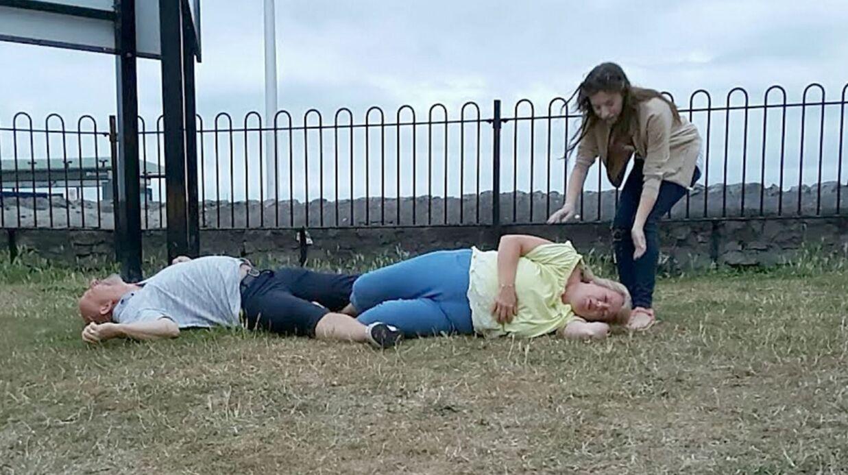 PHOTOS Un couple tente de reproduire le porté de Dirty Dancing, s'assomme et finit aux urgences