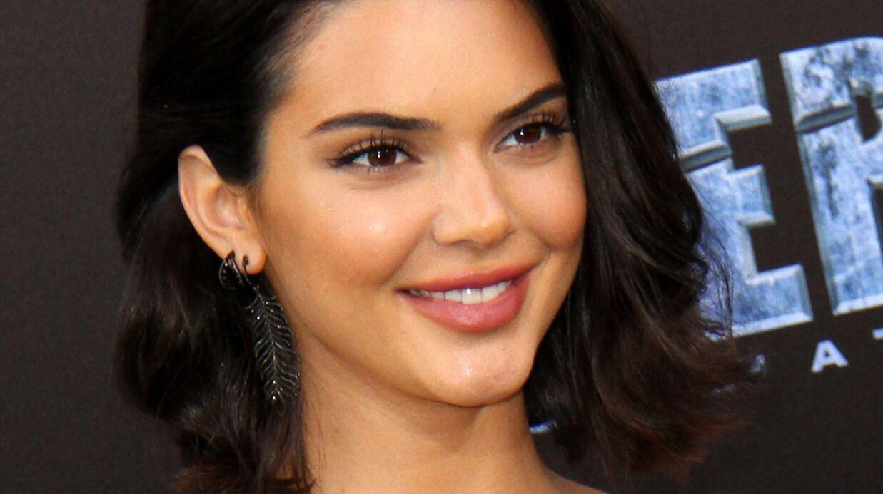 PHOTO Kendall Jenner (encore) seins nus et en string pour un shooting sexy
