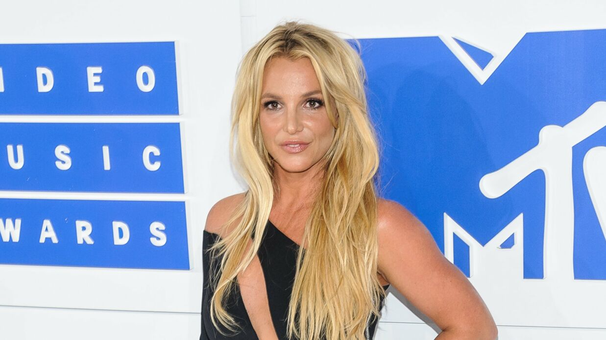 PHOTOS Britney Spears affiche une silhouette encore plus amincie
