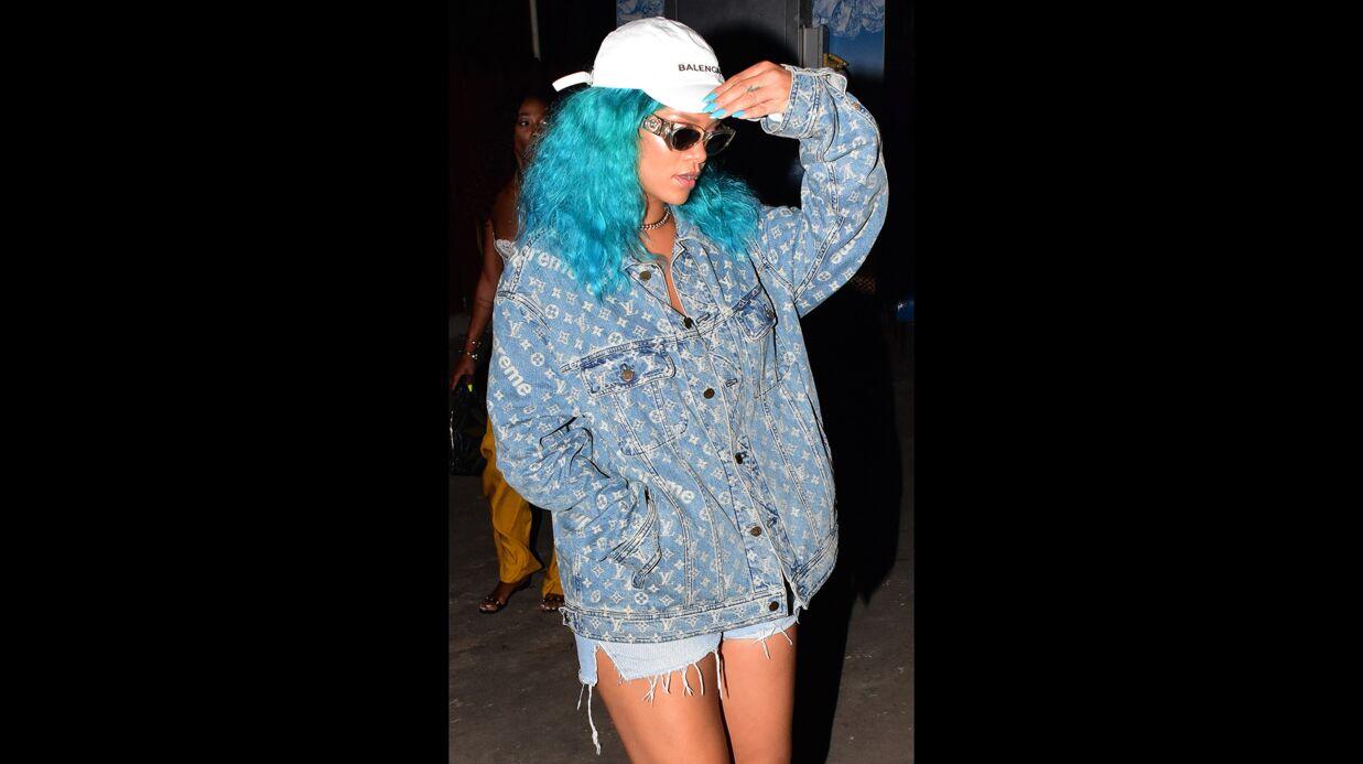 PHOTOS Rihanna ne ressemble plus du tout à ça: elle est passée au bleu