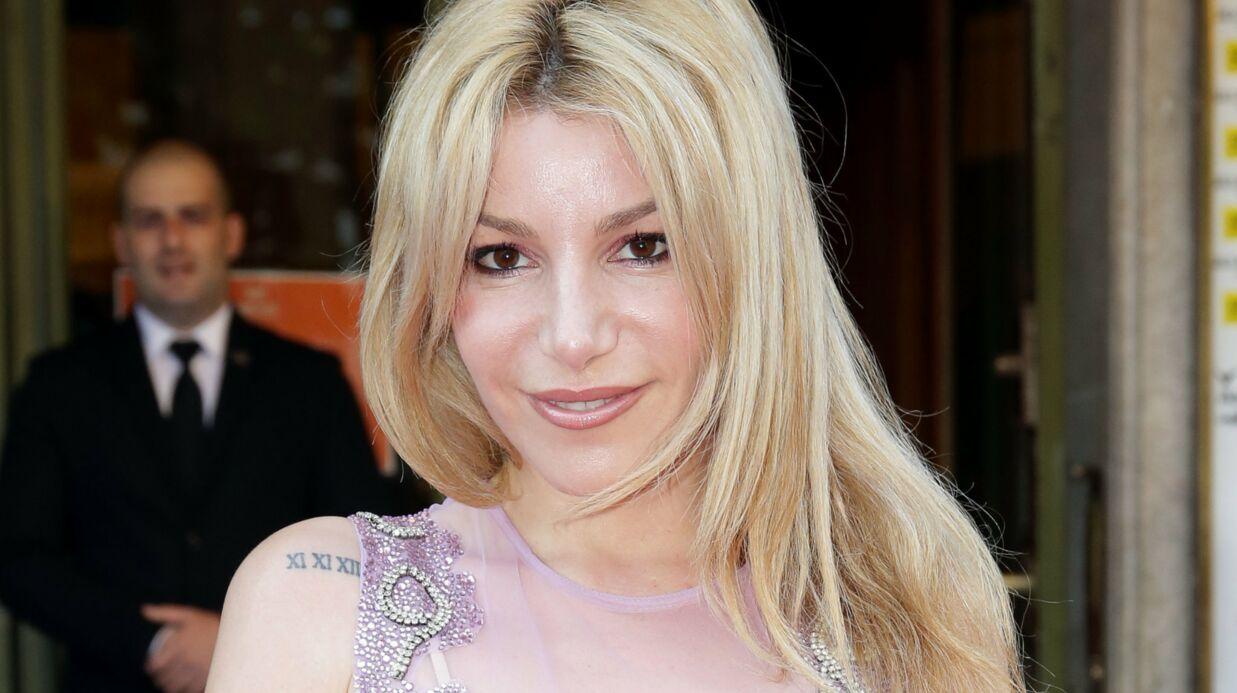 PHOTO Lola Marois nue pour un shooting, elle se compare à Shakira