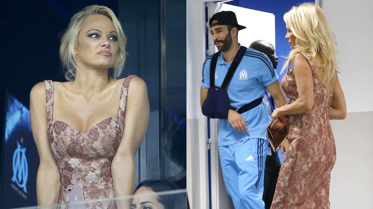PHOTOS Pamela Anderson et Adil Rami, un couple qui dure: elle est venue le soutenir et le réconforter au stade