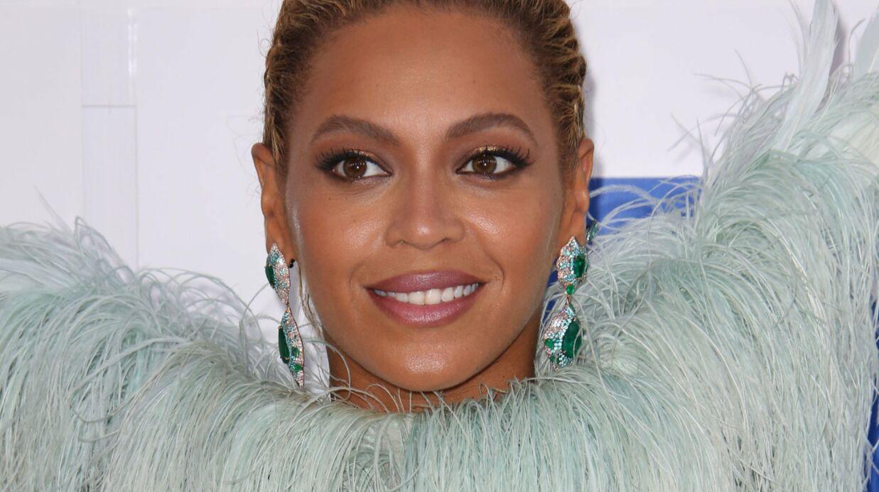 PHOTOS Beyoncé montre sa ligne parfaite sous tous les angles, quatre mois après son accouchement