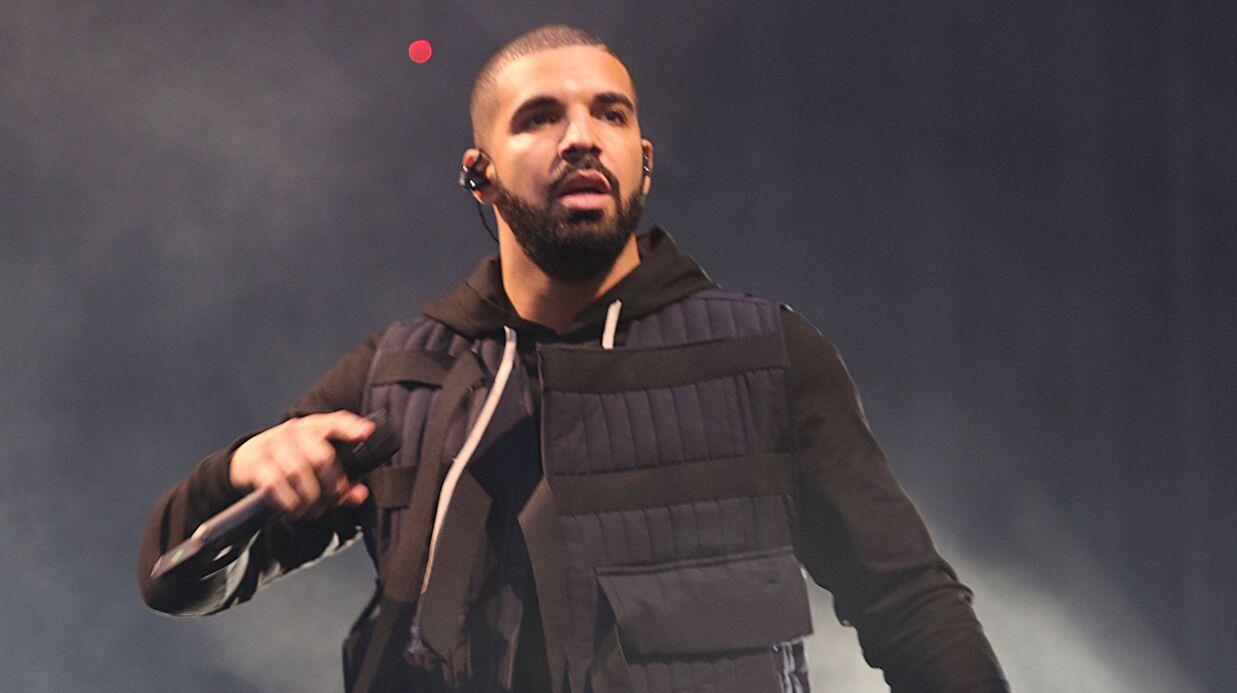 Sur scène, Drake menace un spectateur qui harcelait sexuellement des femmes de venir le «défoncer»