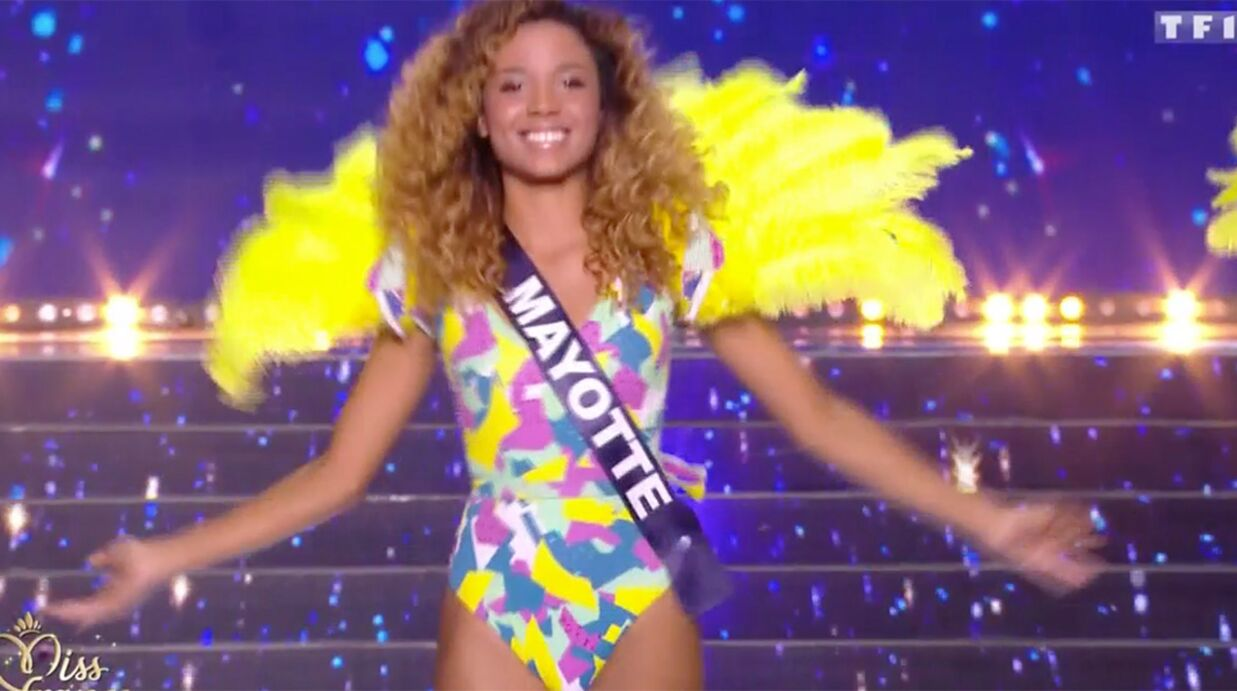 VIDEO Miss France 2018: les internautes choqués par les maillots de bain trop échancrés des candidates