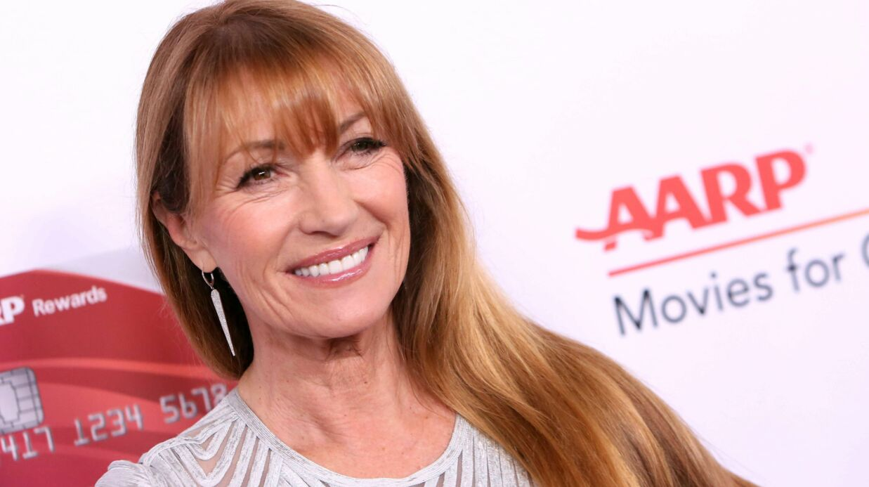 A 67 ans, Jane Seymour pose en couverture... de Playboy Magazine !