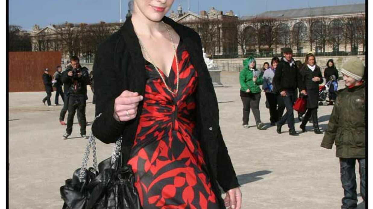 LOOK Milla Jovovich et Estelle Lefebure portent la même robe
