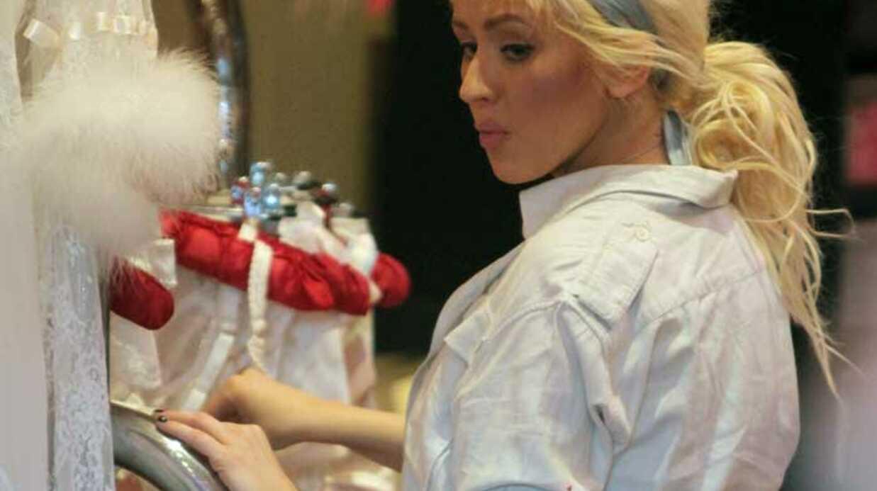 PHOTOS Christina Aguilera achète de la lingerie sexy