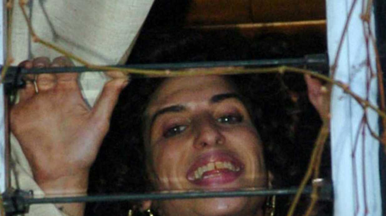 Amy Winehouse a changé de coiffure