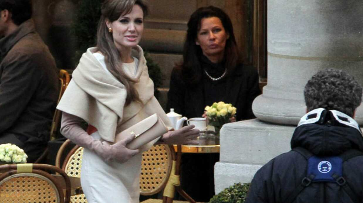 PHOTOS Ange­lina Jolie en tour­nage à Paris