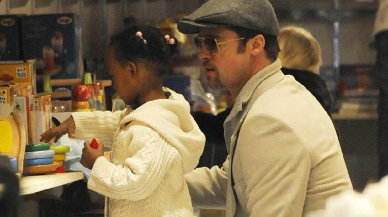 PHOTOS Brad Pitt avec Shiloh et Zahara dans les magasins