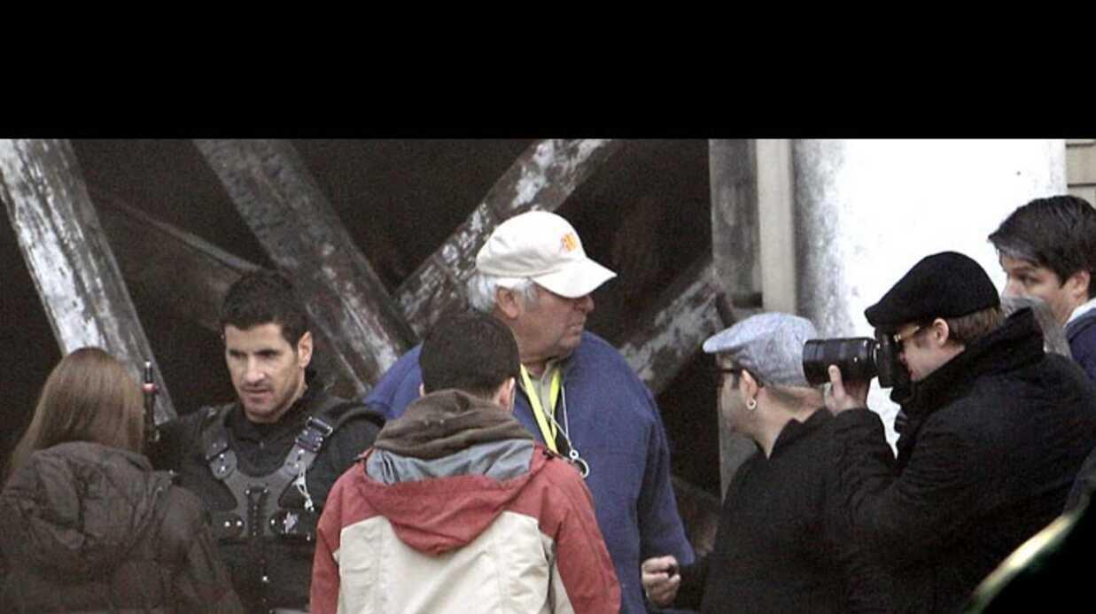 PHOTOS Brad Pitt rend visite à Angelina Jolie sur le tournage