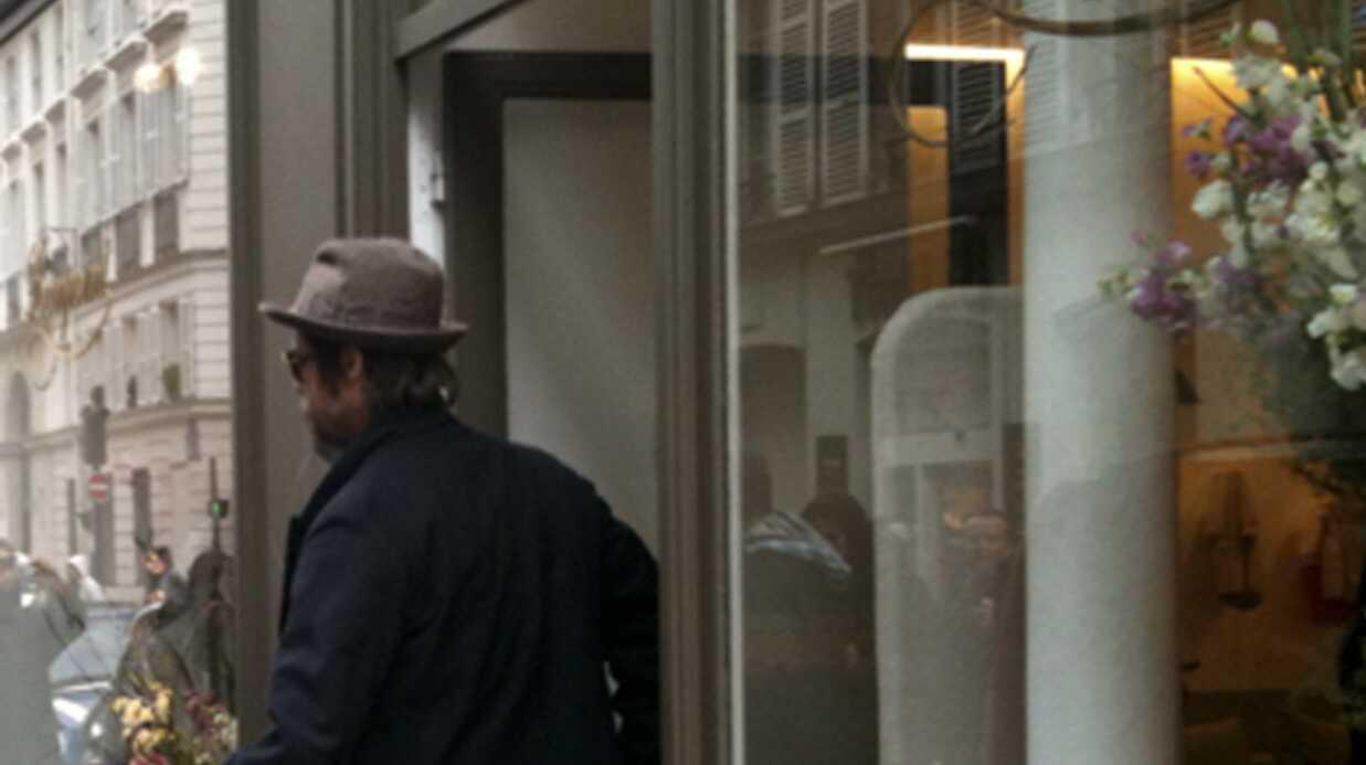 PHOTOS Brad Pitt en séance shopping avec ses filles à Paris