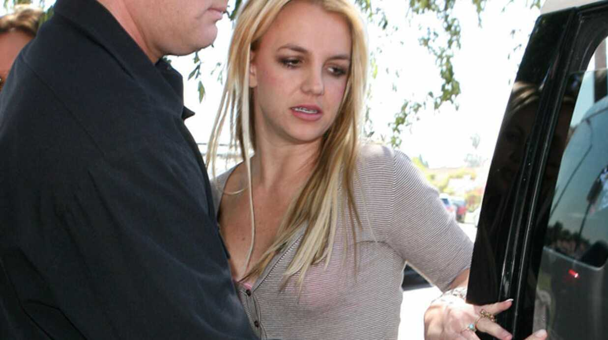 Brit­ney Spears fait du shop­ping