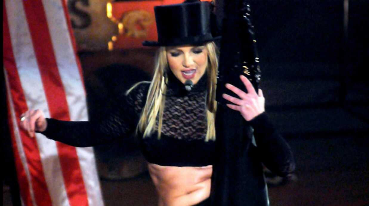 PHOTOS – Brit­ney Spears fait un show diffé­rent