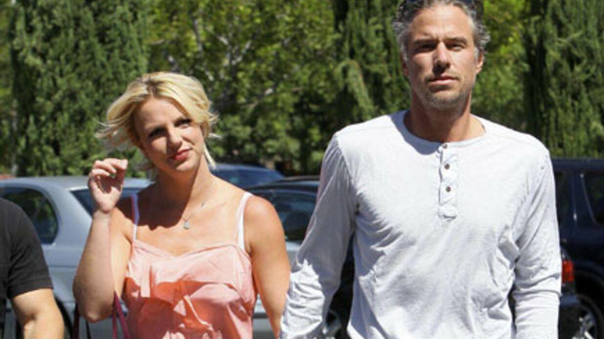 PHOTOS Britney Spears proprette au bras de Jason Trawick