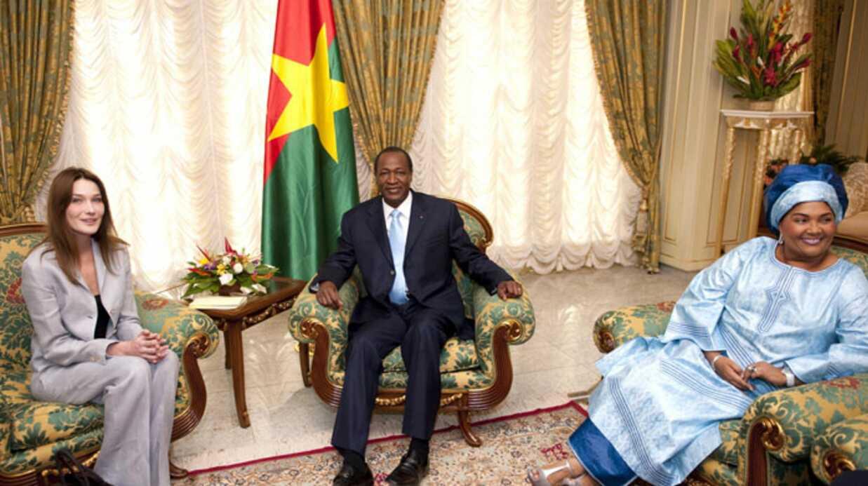 PHOTOS: Carla Bruni-Sarkozy au Burkina Faso