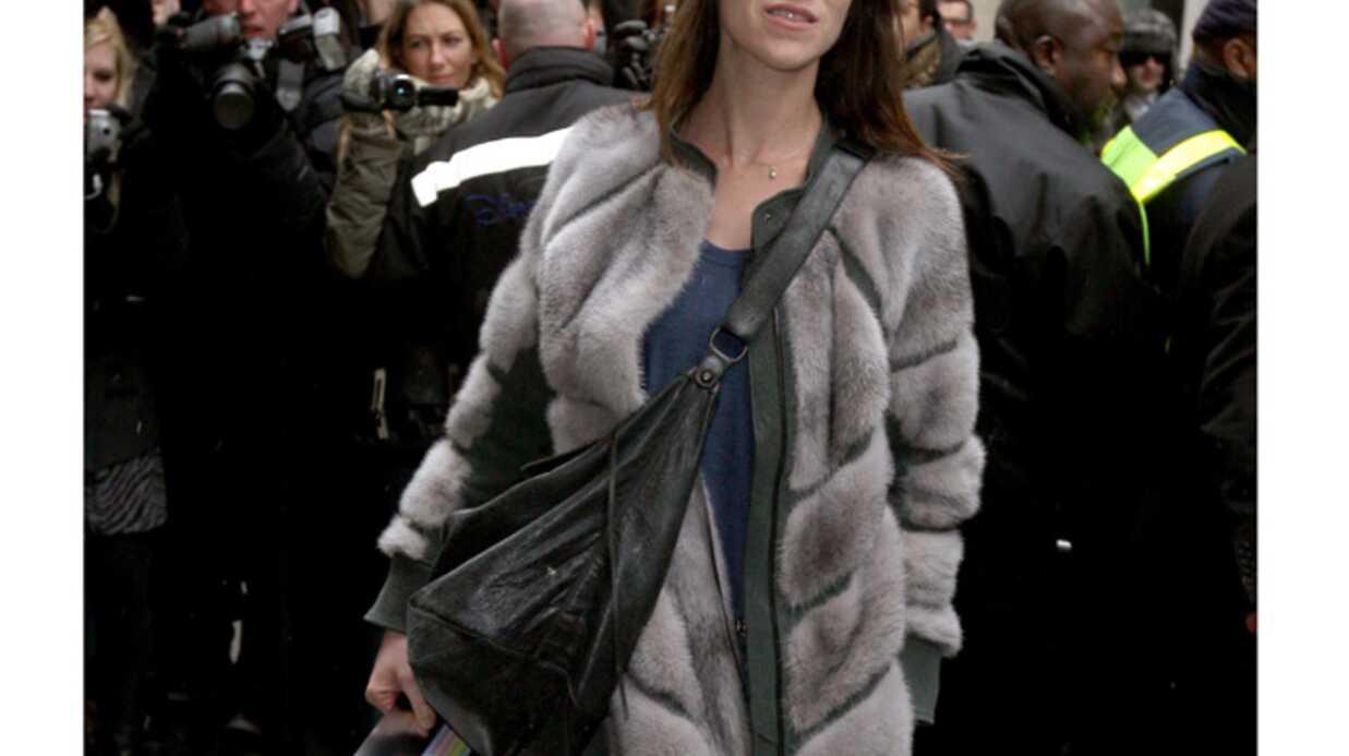 PHOTOS Charlotte Gainsbourg et Anna Mouglalis au défilé Chanel