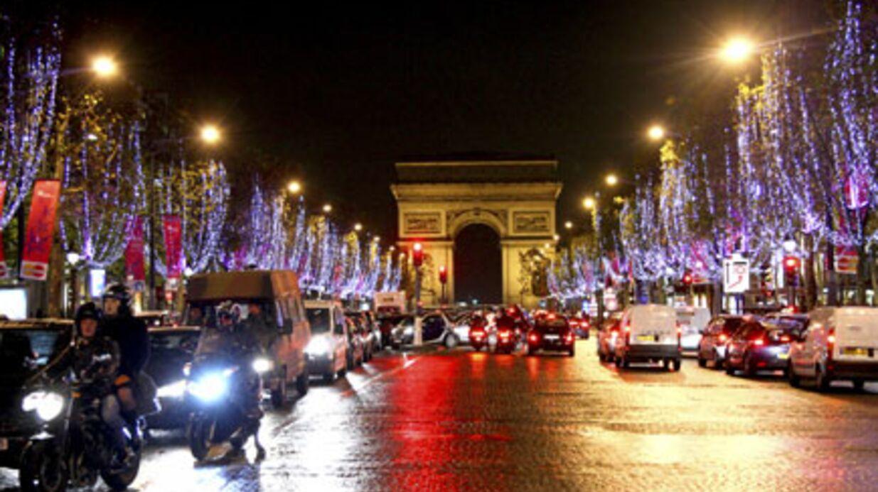 PHOTOS Charlotte Gainsbourg illumine les Champs-Elysées