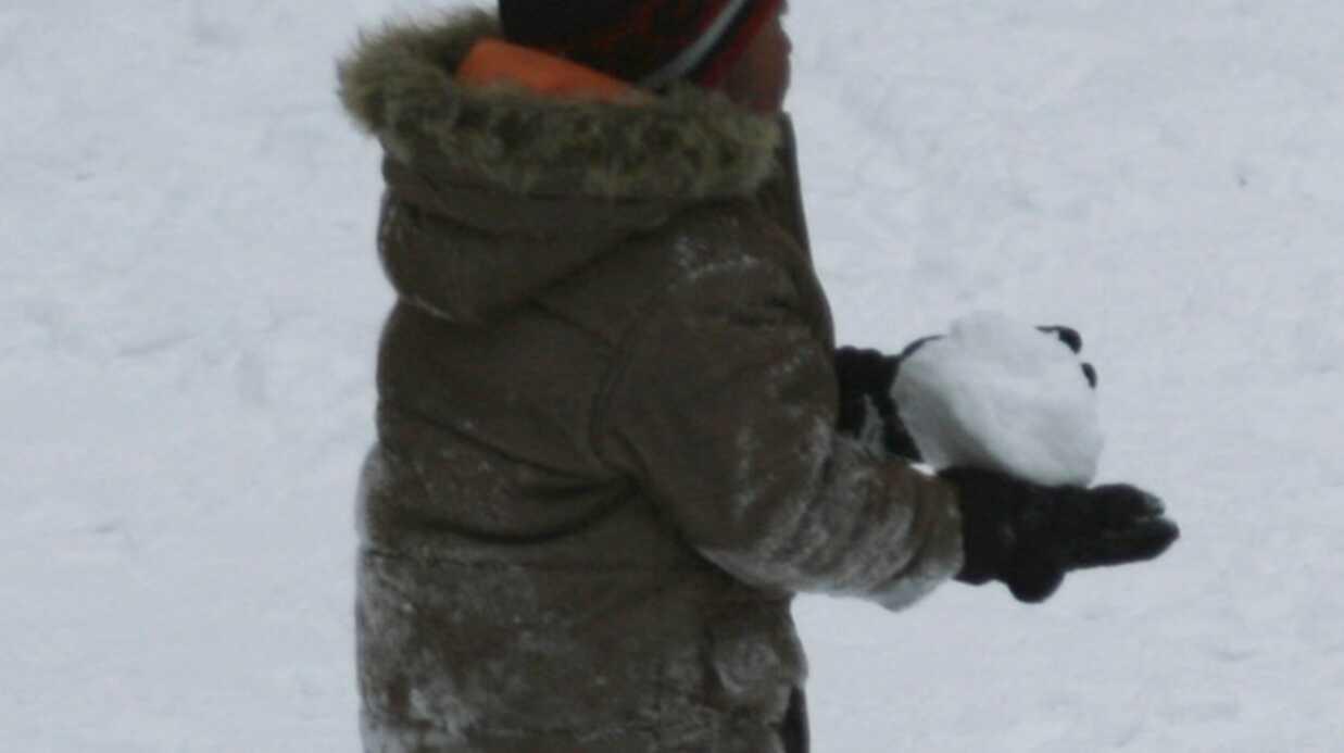 PHOTOS Madonna: son fils David Banda s'éclate sous la neige