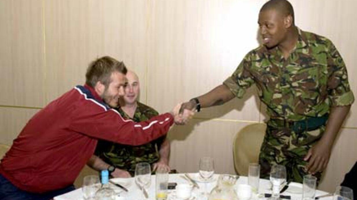 PHOTOS David Beckham soutient les soldats anglais blessés