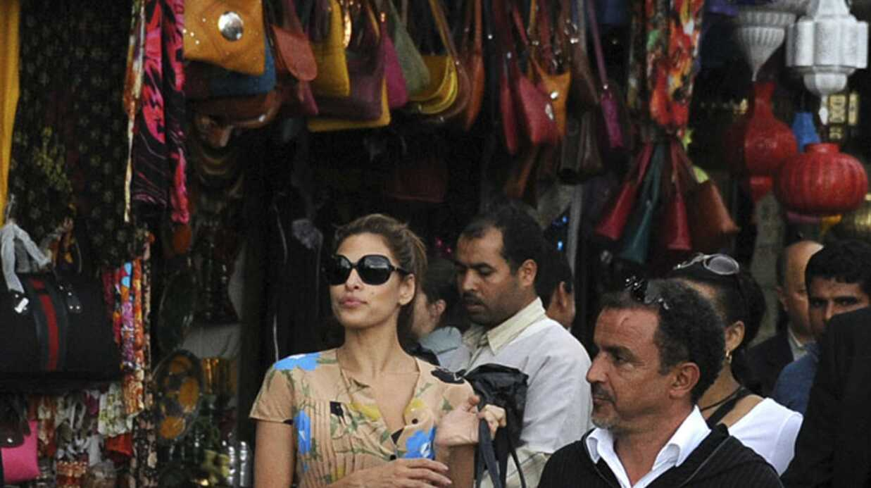 PHOTOS Eva Mendes en plein souk de Marrakech