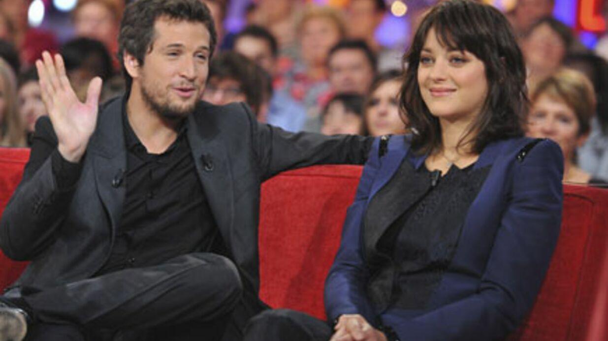 Marion Cotillard et Guillaume Canet présentent leur bébé