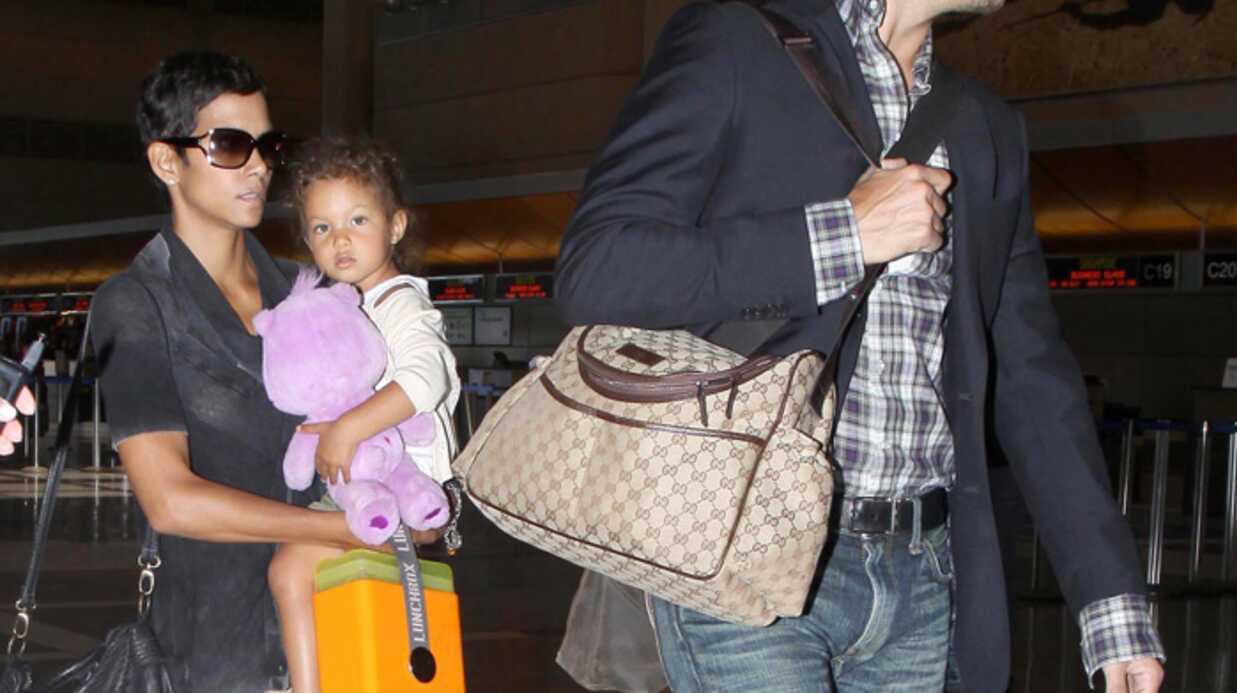PHOTOS Halle Berry s'envole avec Nahla et Gabriel Aubry