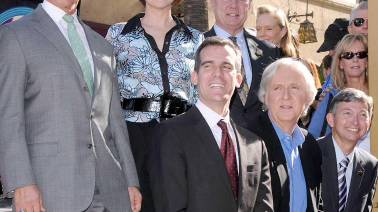 PHOTOS James Cameron a son étoile sur Hollywood Boulevard