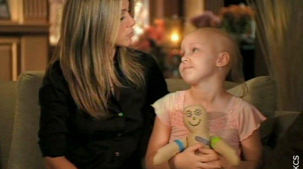 Jennifer Aniston dans une pub pour un hôpital pour enfants