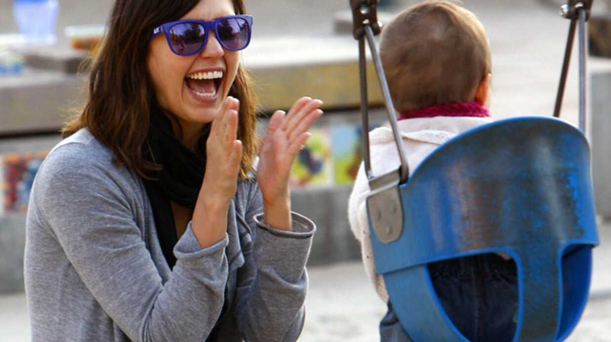 PHOTOS Jessica  Alba au parc avec sa fille Honor