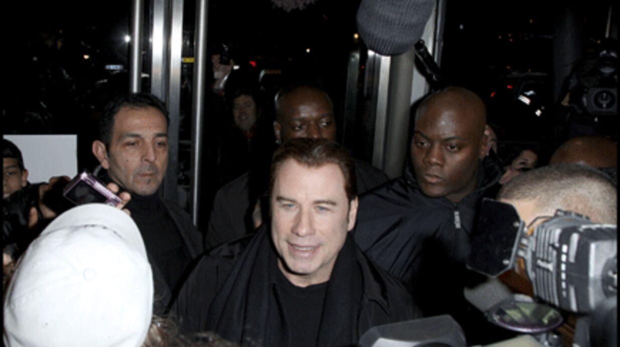 PHOTOS: John Travolta acclamé hier en Seine-Saint-Denis