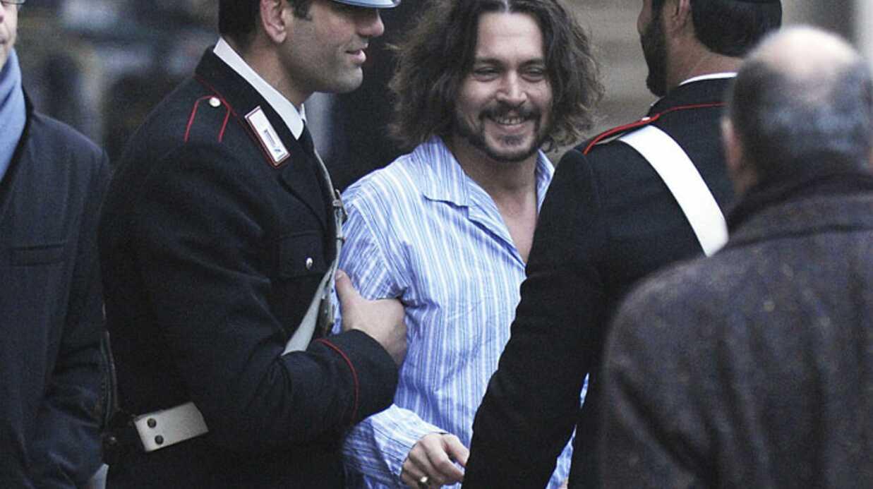 PHOTOS Johnny Depp en pyjama à Venise pour The Tourist