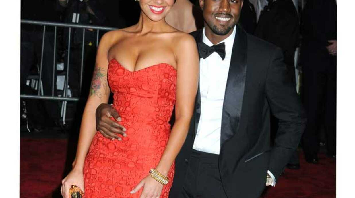 PHOTOS  Kanye West roucoule toujours avec la sexy Amber Rose