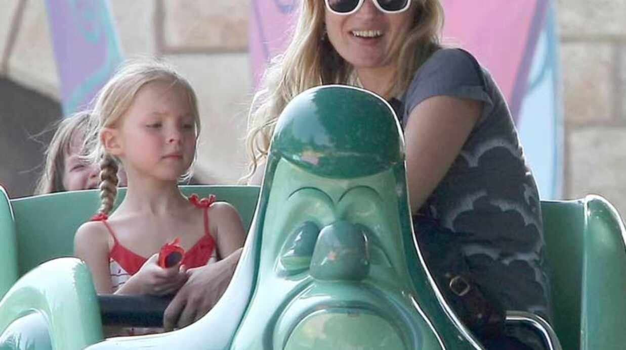 Kate Moss  Elle s'éclate chez Mickey!