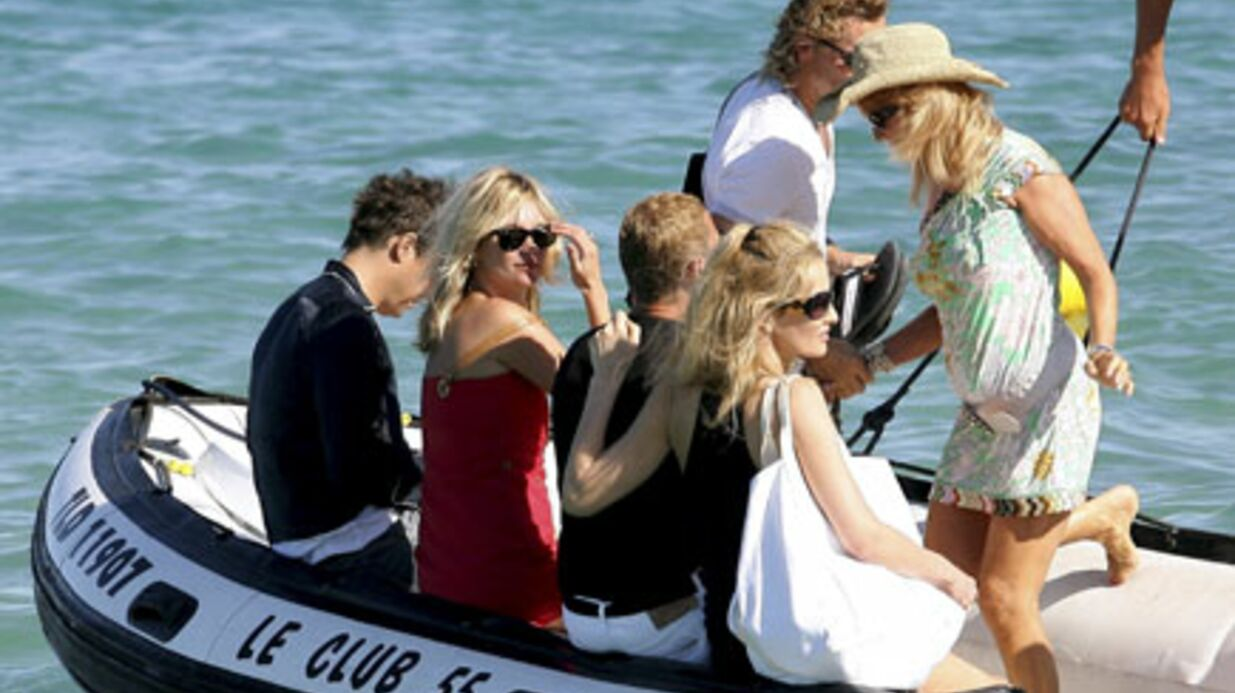PHOTOS Kate Moss à Saint Tropez avec sa copine Karen Mulder