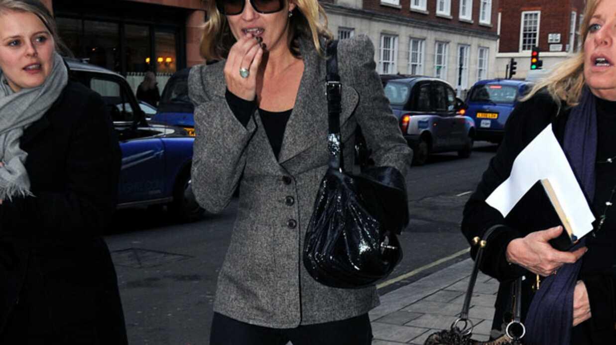 PHOTOS Kate Moss fait son shopping à Londres