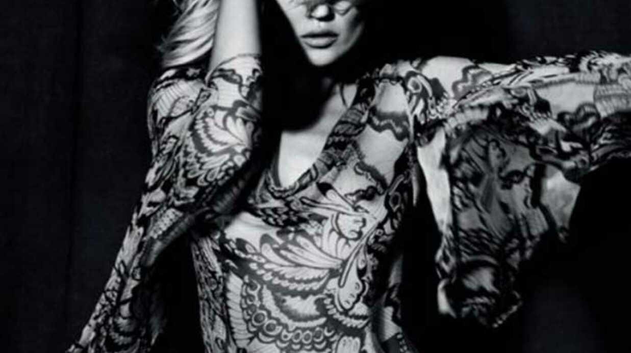 PHOTOS Kate Moss: sexy et provocante pour TopShop