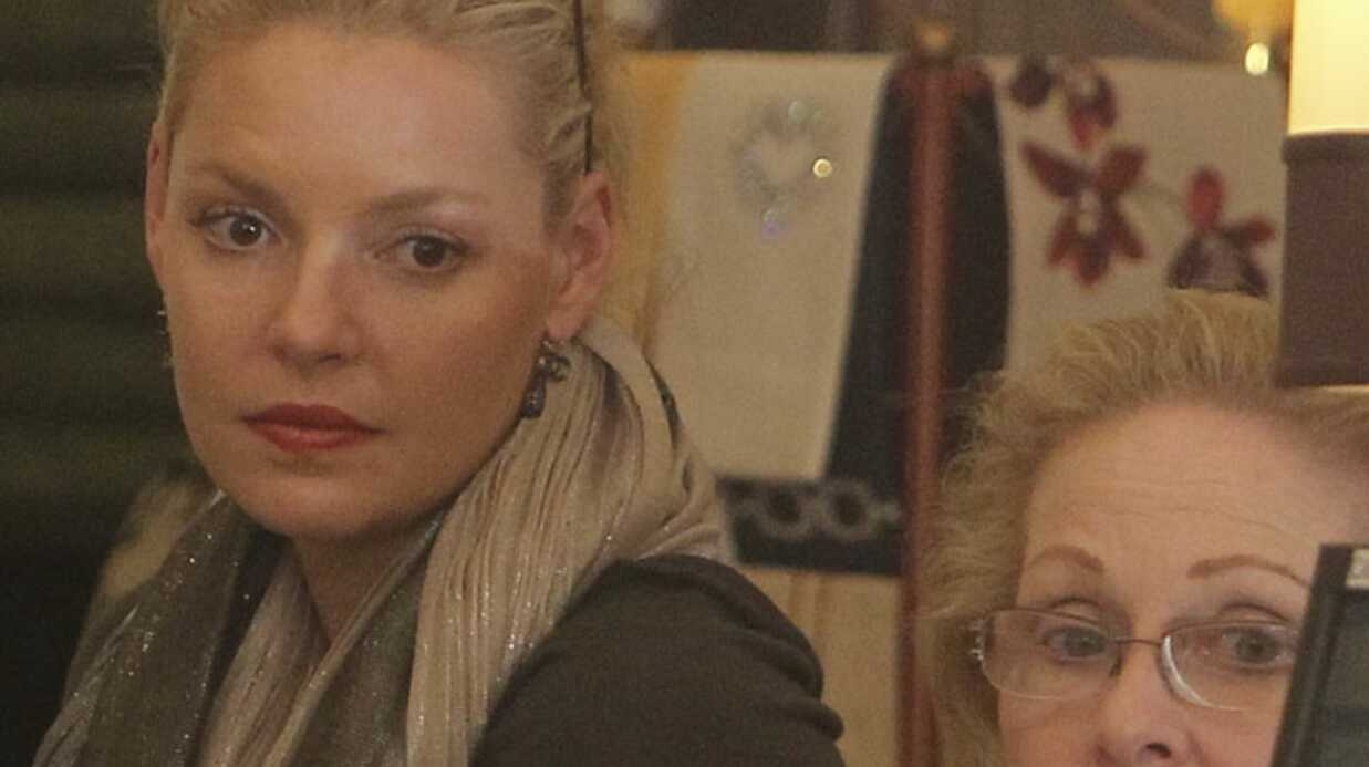 PHOTOS Kathe­rine Heigl promène sa mère