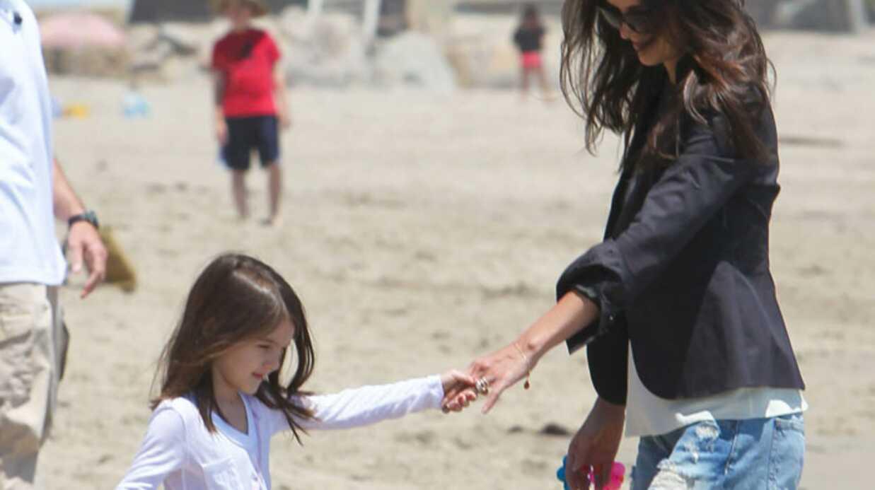 PHOTOS Katie Holmes et Suri Cruise en talons à la plage
