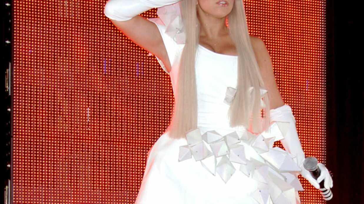 Lady Gaga sexy pour le lancement de son album