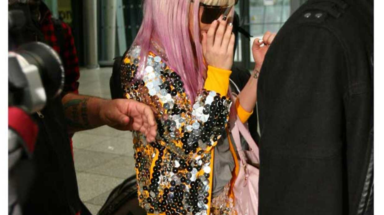 LOOK Incroyable! Lady Gaga a mis une jupe!
