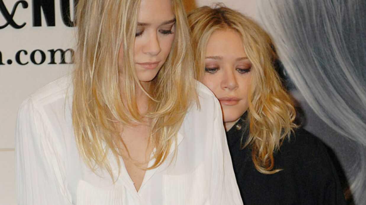 Ashley et Mary Kate Olsen dédicacent leur livre