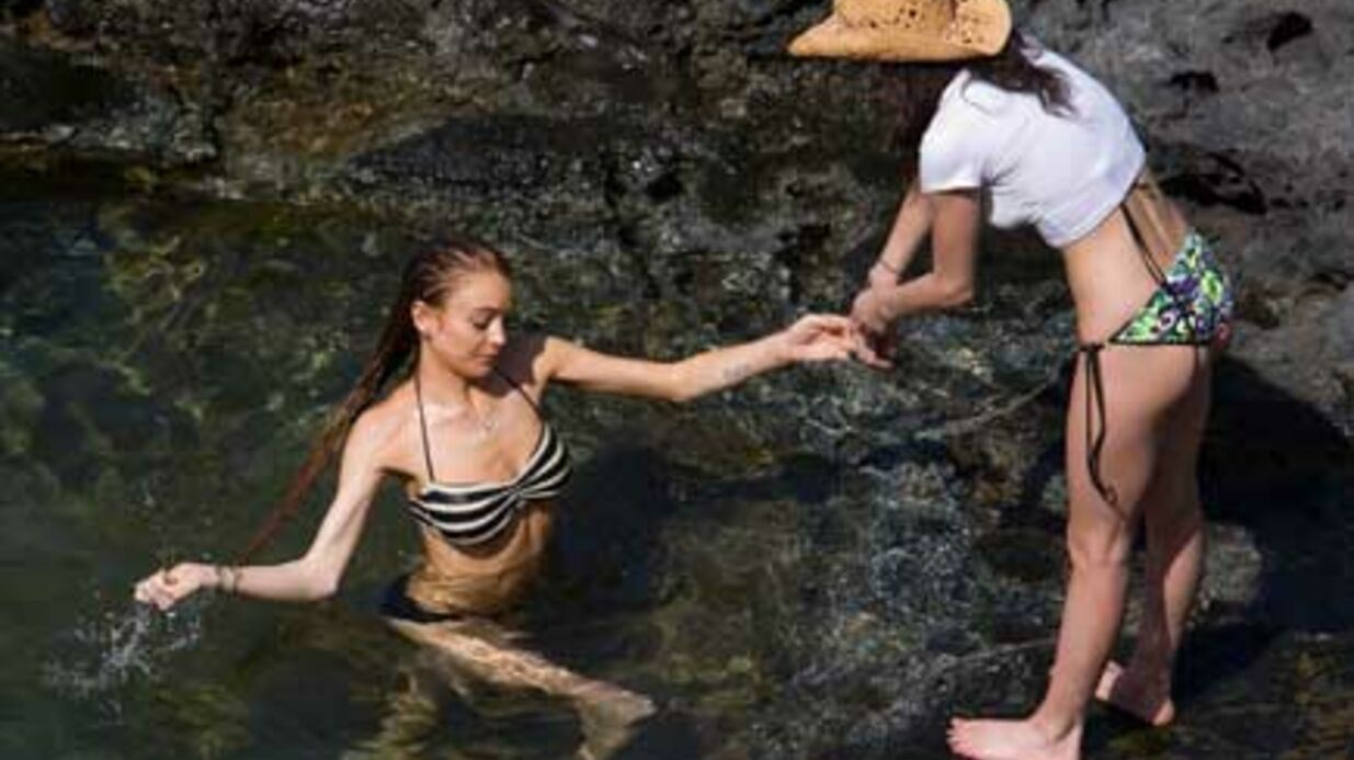 PHOTOS Lindsay Lohan en bikini à Hawaï avec sa sœur